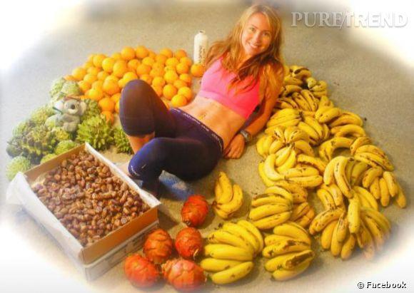 Cette Australienne ne jure que par les fruits, et par quelques noix et fruits secs en complément.