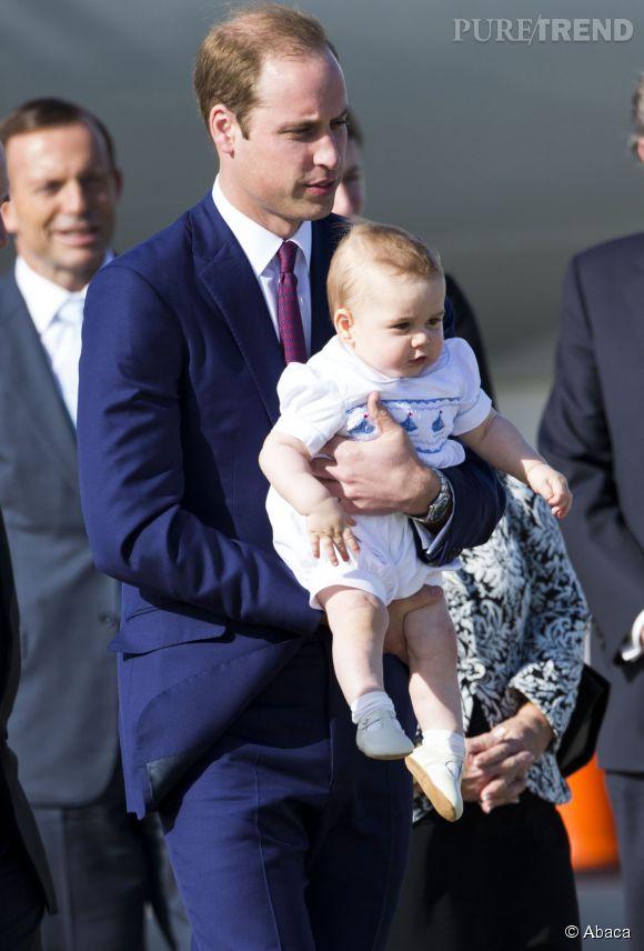 Le Prince William et le Prince George à leur arrivée en Australie le 16 avril 2014.