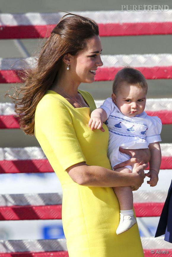 Kate Middleton et le Prince George à leur arrivée en Australie le 16 avril 2014.
