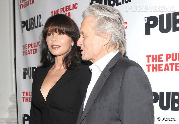 Catherine Zeta-Jones et Michael Douglas, ont définitivement fait taire les rumeurs de divorce le 16 avril 2014 à New-York, pour l'avant-première de la pièce The Library.
