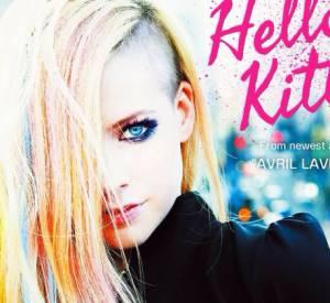 Avril Lavigne a réagit sur Twitter, le 24 avril 2014, après les critiques sur son dernier clip Hello Kitty.