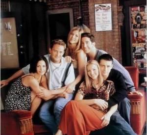 """""""Friends"""", la série qui nous a fait croire qu'on pouvait passer notre vie dans un café."""