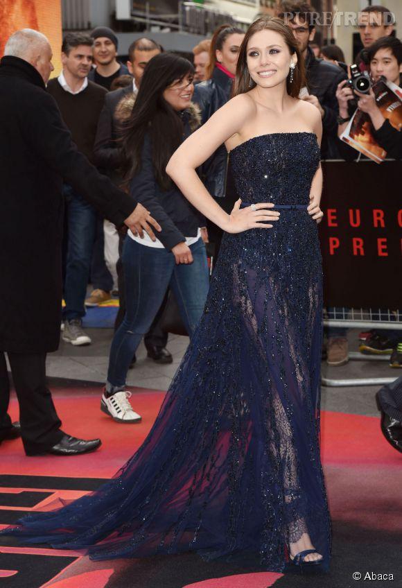 Elizabeth Olsen sublime dans sa robe Elie Saab, pour l'avant-première de Godzilla à Londres.