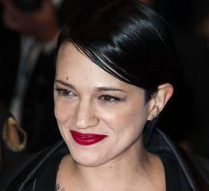 Asia Argento et son tatouage XXL au Festival de Cannes 2014.