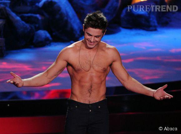 Zac Efron a plutôt bien vieilli si on en croit sa dernière apparition dénudée lors des MTV Movie Awards.