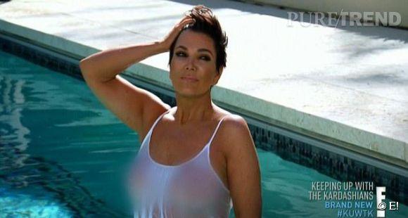 """Kris Jenner, zéro tabou : la matriarche du clan Kardashian se montre seins nus dans le premier épisode de la saison 9 de """"L'incroyable Famille Kardashian"""", diffusée sur E!"""