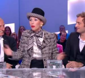 Doria Tillier transformée en Geneviève de Fontenay dans sa météo ce mardi 24 juin 2014 sur Canal+.
