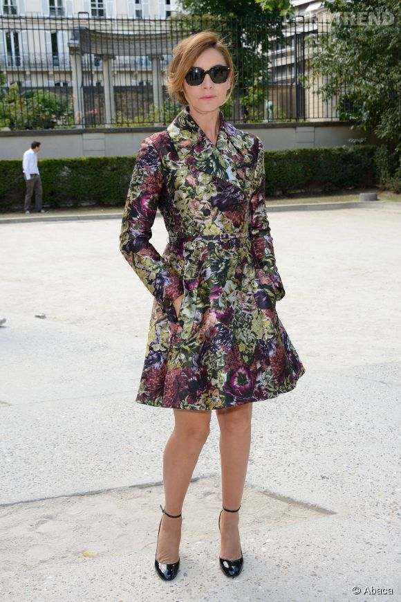 Clotilde Courau au défilé Valentino Homme Printemps-Été 2015 le 26 juin 2014 à Paris.