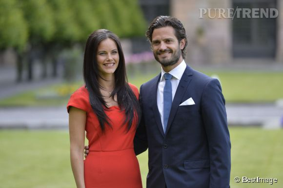 Sofia Hellqvist et Carl Philip de Suède ont annoncé leurs fiançailles ce 27 juin 2014.