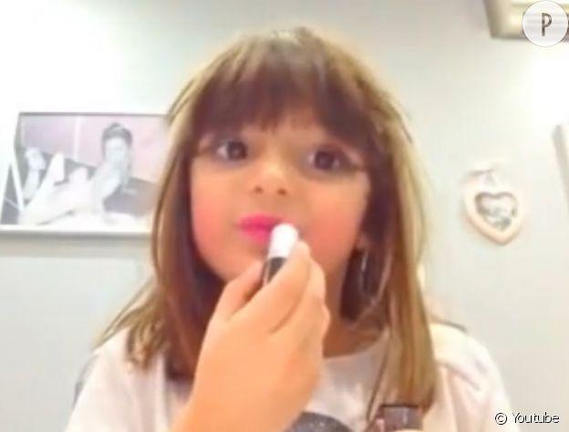 Lina, youtubeuse beauté à 5 ans.