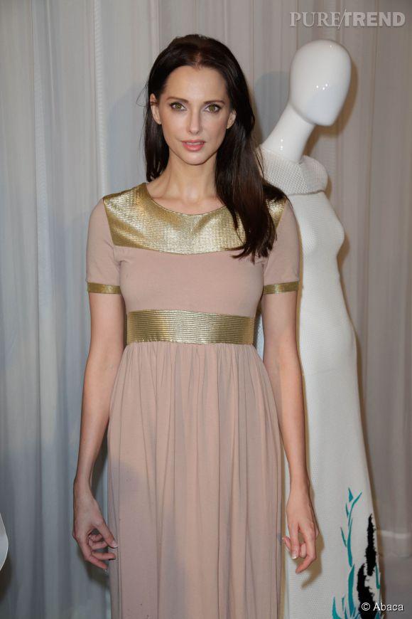 Frédérique Bel au défilé Stéphane Rolland Haute-Couture 2014/2015.