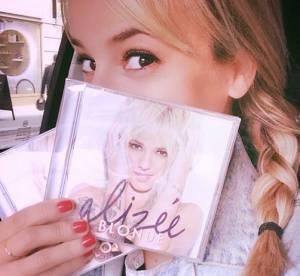 Alizée : les chiffres catastrophiques de son album Blonde