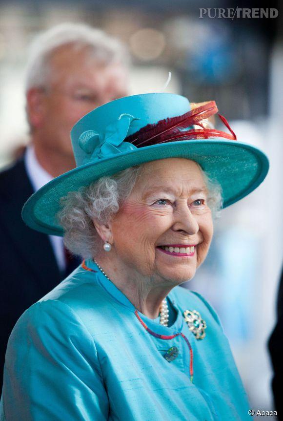 La Reine mère était invitée à l'anniversaire du Prince George ce 22 juillet 2014 à Kensington Palace.
