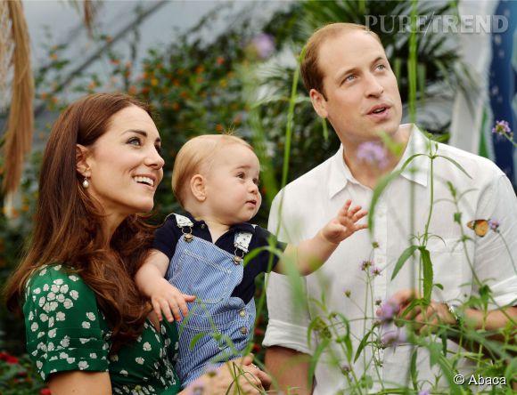 Kate Middleton, le Prince George et le Prince William le premier anniversaire du petit prince ce 22 juillet 2014 à Kensington Palace.