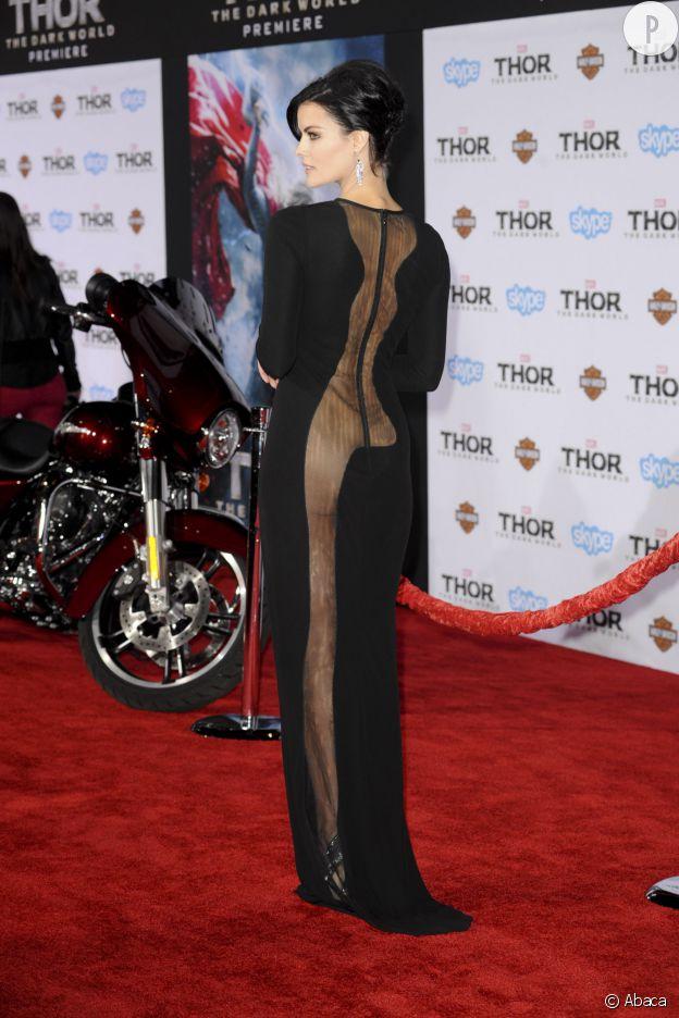 Jaimie Alexander avec une robe qui laisse de la place à l'imagination... Quoique...
