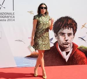 Elodie Bouchez, toute en jambes à Venise.
