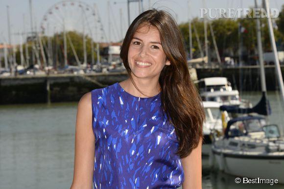 Louise Monot, une brunette stylée et naturellement glamour qui pourrait faire tourner bien des têtes aux USA !
