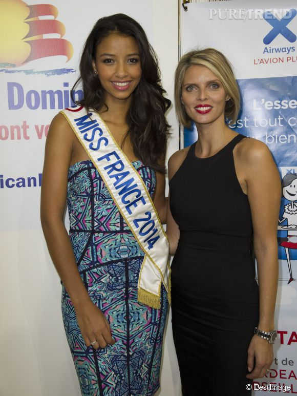 Flora Coquerel et Sylvie Tellier ne sont plus dans les îles mais à Paris, elles font la pub de la République Dominicaine, une autre destination de rêve !