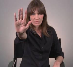 Carla Bruni s'engage contre l'intimidation à l'école aux côtés de la Fondation Jasmin Roy.
