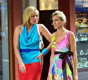 """Kim Cattrall et Sarah Jessica Parker, les BBF de """"Sex And The City""""."""