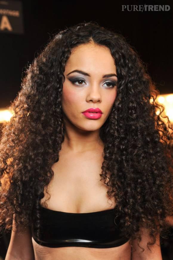 Tout savoir sur les cheveux afro puretrend for Salon cheveux afro