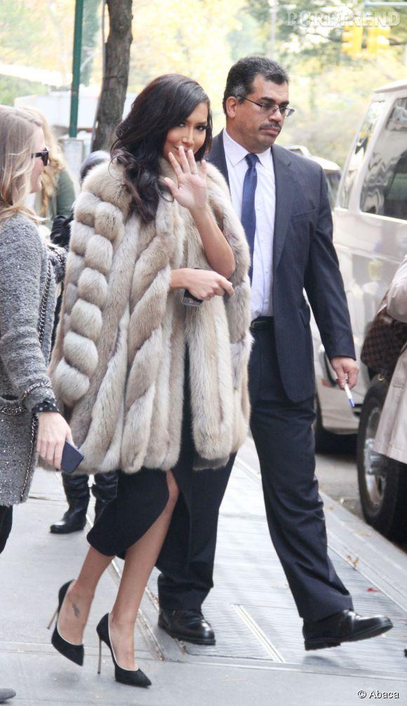 Naya Rivera aperçue dans les rues de New York, le 12 novembre 2014. On la prendrait presque pour Kim K !