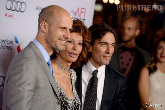 Sophia Loren entourée de ses fils Edoardo et Carlo Ponti.