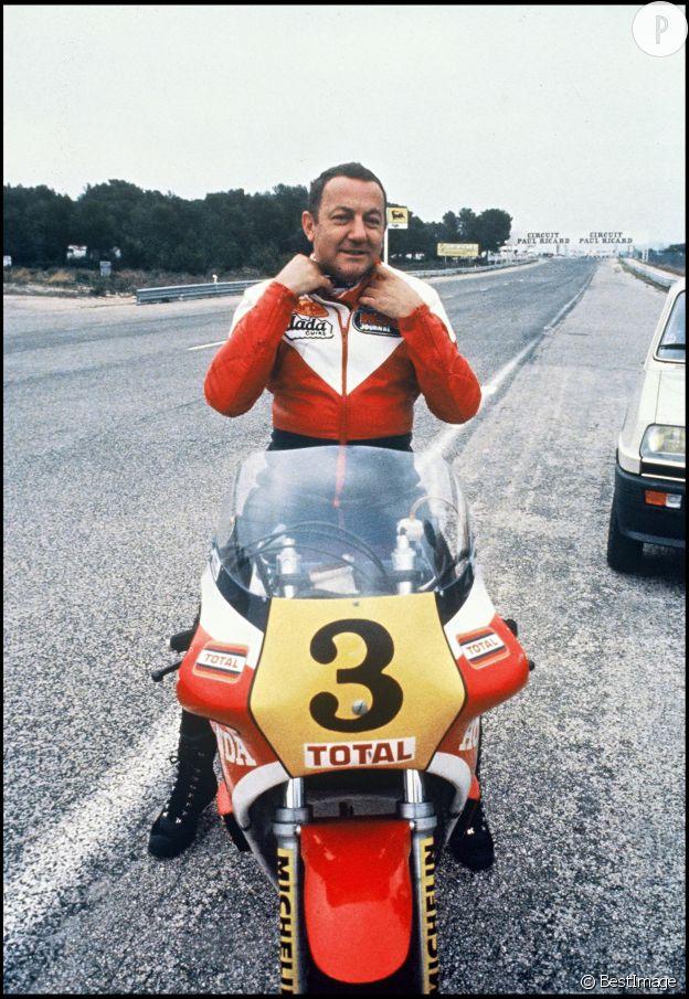 Coluche était un passionné de motos.