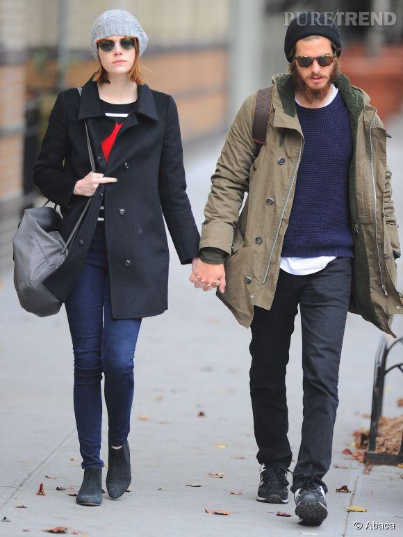 Emma Stone, en balade paisible avec Andrew Garfield, l'actrice n'hésite pas à faire un doigt d'honneur aux paparazzi. Retour sur ses stars qui s'en prennent aux photographes.
