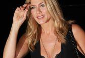 Laetitia Casta, Charlotte Le Bon... des stars et des soutien-gorges, le top 10