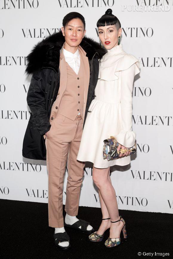 Jenny Shimizu et Michelle Harper à la soirée Valentino Sala Bianca 945 le 10 décembre 2014 à New York.