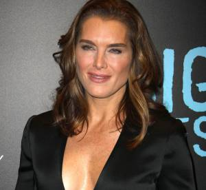 Brooke Shields : nue sous sa veste de smoking