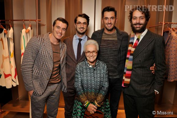 Giacomo, Marco, Ottavio Missoni, Francesco Maccapani Missoni et Rosita Missoni lors du cocktail organisé pour l'ouverture de la nouvelle boutique Missoni à Paris le 27 janvier 2015.
