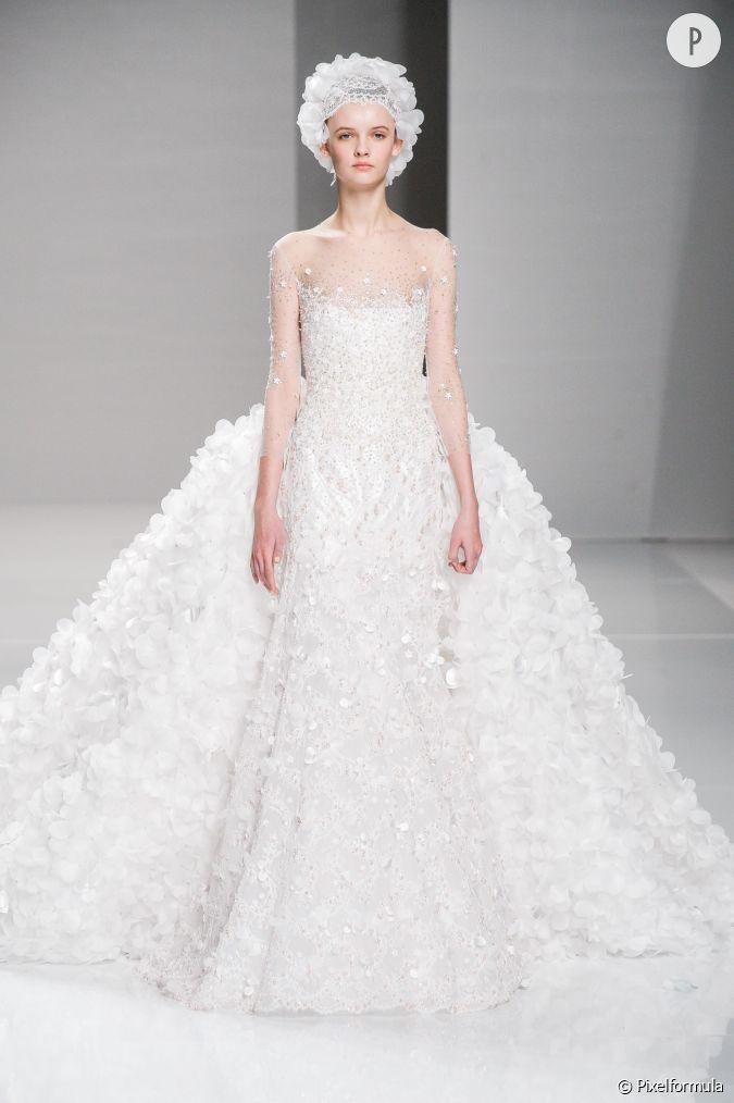 les plus belles robes de mari es printemps et 2015 georges hobeika aime les froufrous jusque. Black Bedroom Furniture Sets. Home Design Ideas