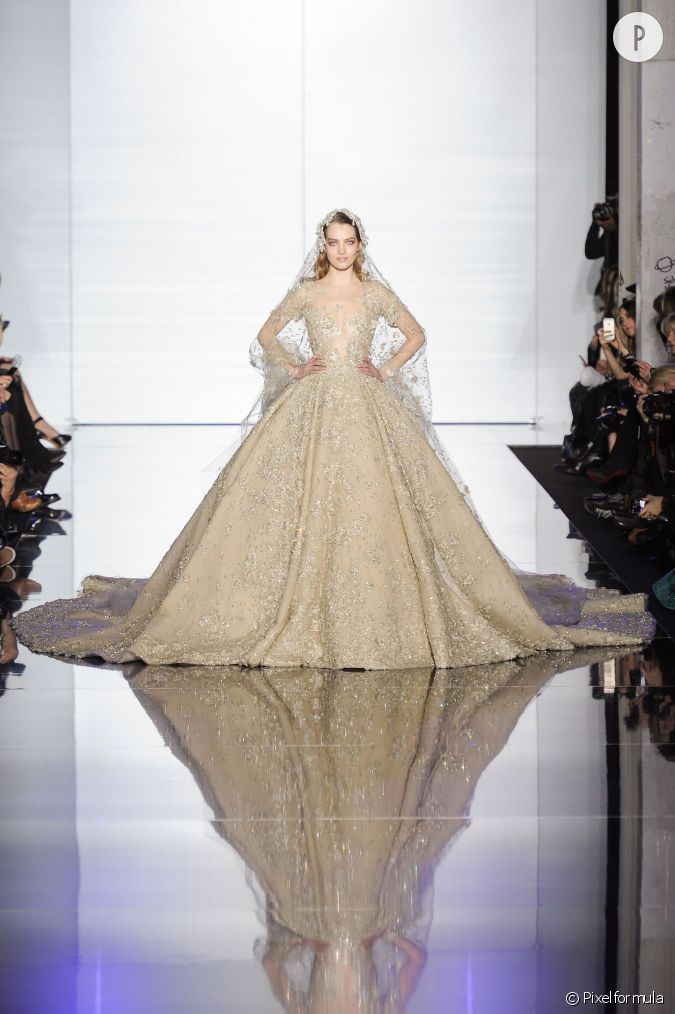 Les plus belles robes de mari es printemps et 2015 for Robes de mariage du monde de disney