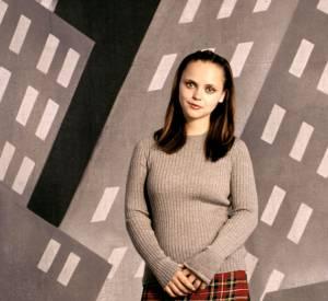En 2000 : la jupette d'écolière preppy est une valeur sûre. Christina Ricci peut en témoigner.