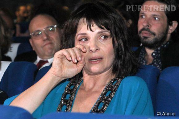 "Juliette Binoche a fondu en larmes pendant son intervention dans ""Sept à Huit""."