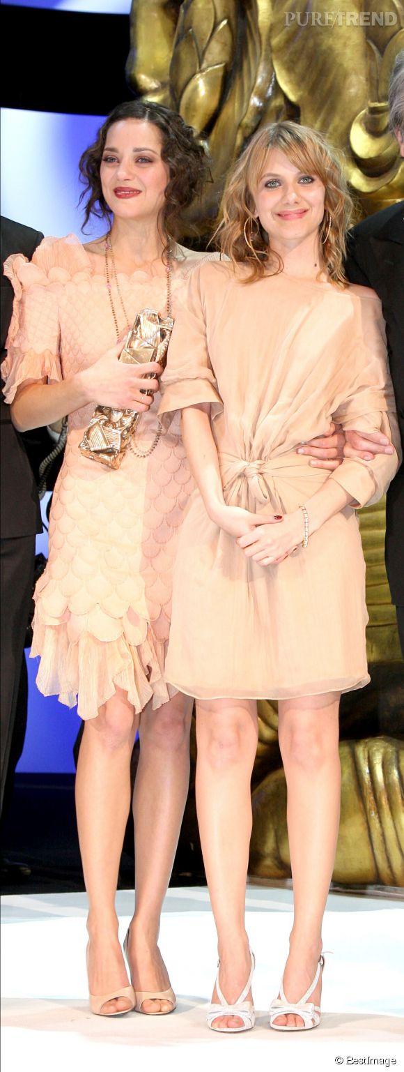 Marion Cotillard et Mélanie Laurent accompagneront François Hollande aux Philippines cette semaine.