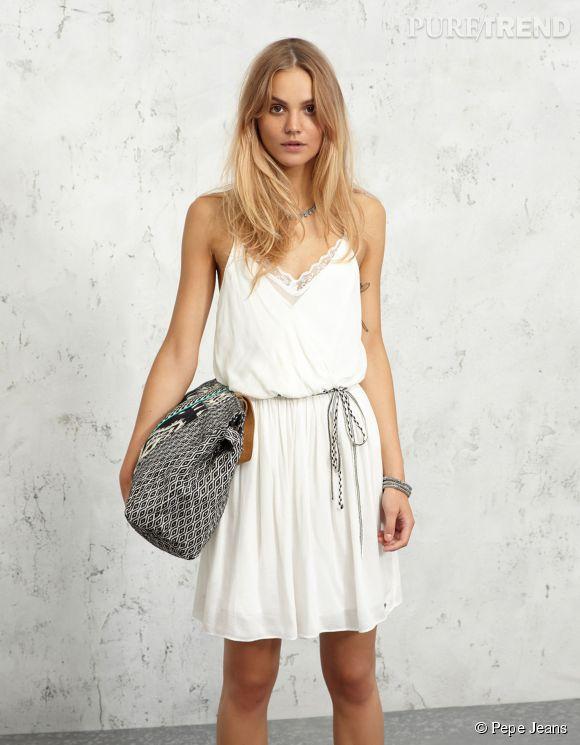 Une robe légère à accessoiriser pour l'oaccasion par Pepe Jeans. Prix : 95€