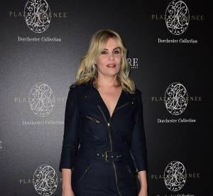 """Emmanuelle Seigner à la soirée de lancement de """"Signature International"""" au Plaza Athénée à Paris le 7 mars 2015."""
