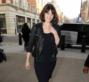 Gemma Arterton : look rock'n'roll et printanier, à shopper !