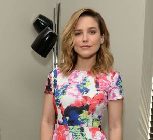 Sophia Bush et la robe colorée qui sent bon le printemps.