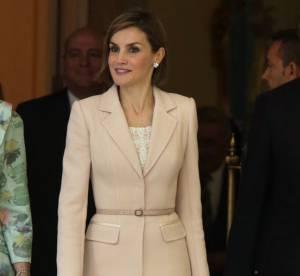 Letizia d'Espagne : éblouissante et sensuelle dans un tailleur poudré