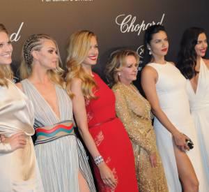 La directrice de Chopard, Caroline Scheufele bien entourée lors de la soirée Gold de Chopard à Cannes le 18 mai 2015.