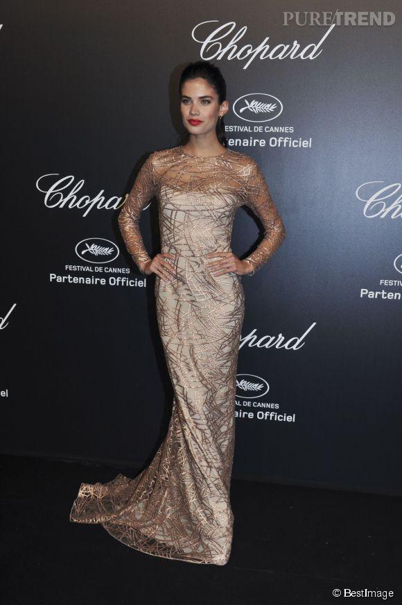 Sara Sampaio en Blumarine lors de la soirée Gold de Chopard à Cannes le 18 mai 2015.