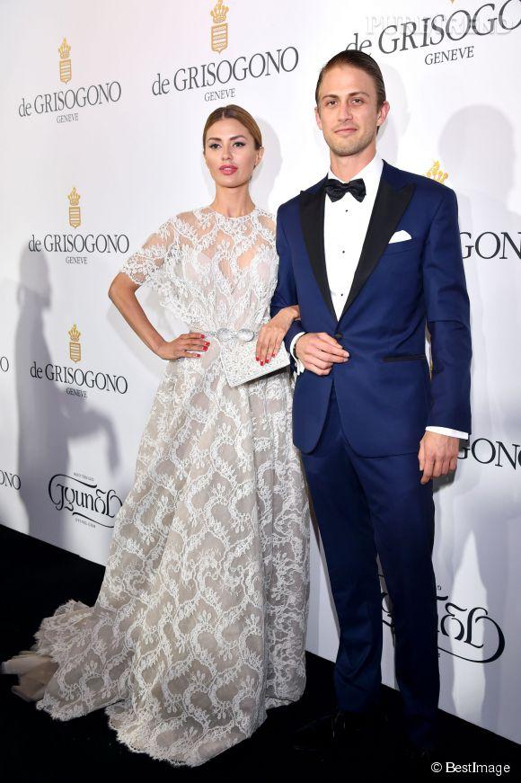 """Victoria Bonya et Alexander Smurfit lors de la soirée """"Divine in Cannes"""" de Grisogono le 19 mai 2015 à Cannes."""
