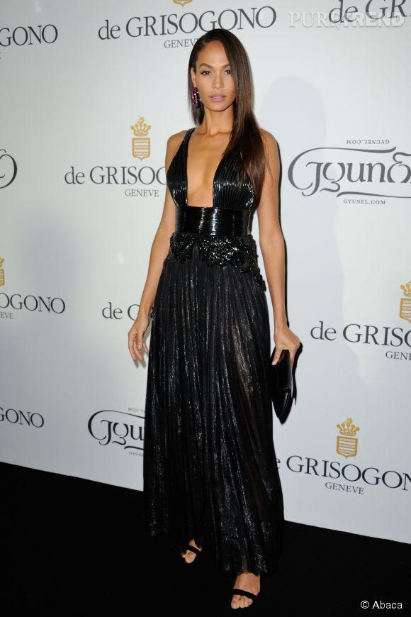 """Joan Smalls en Givenchy Haute Couture lors de la soirée """"Divine in Cannes"""" de Grisogono le 19 mai 2015 à Cannes."""