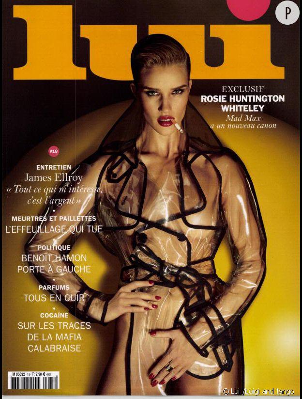 Rosie Huntington-Whiteley, nue sous son trench pour le nouveau numéro de Lui.