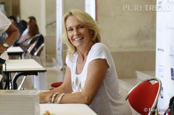 """Estelle Lefébure présentait son livre """"Orahe"""" au festival """"Plumes de Stars"""" à Aix en Provence le week end du 13 juin 2015."""