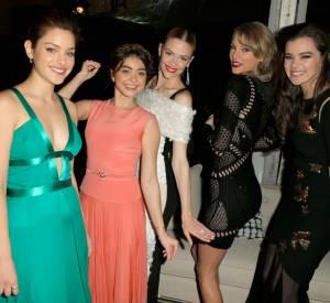 Taylor Swift toujours très bien entourée.